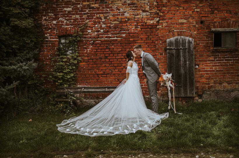 suknie boho, suknia slubna boho, boho bride, panna mloda, panna mloda boho, boho slub, wesele rustykalne, wesele boho, wesele w stodole, koronkowa suknia slubna, suknie slubne szczecin, jesienna sesja slubna, slub jesienia